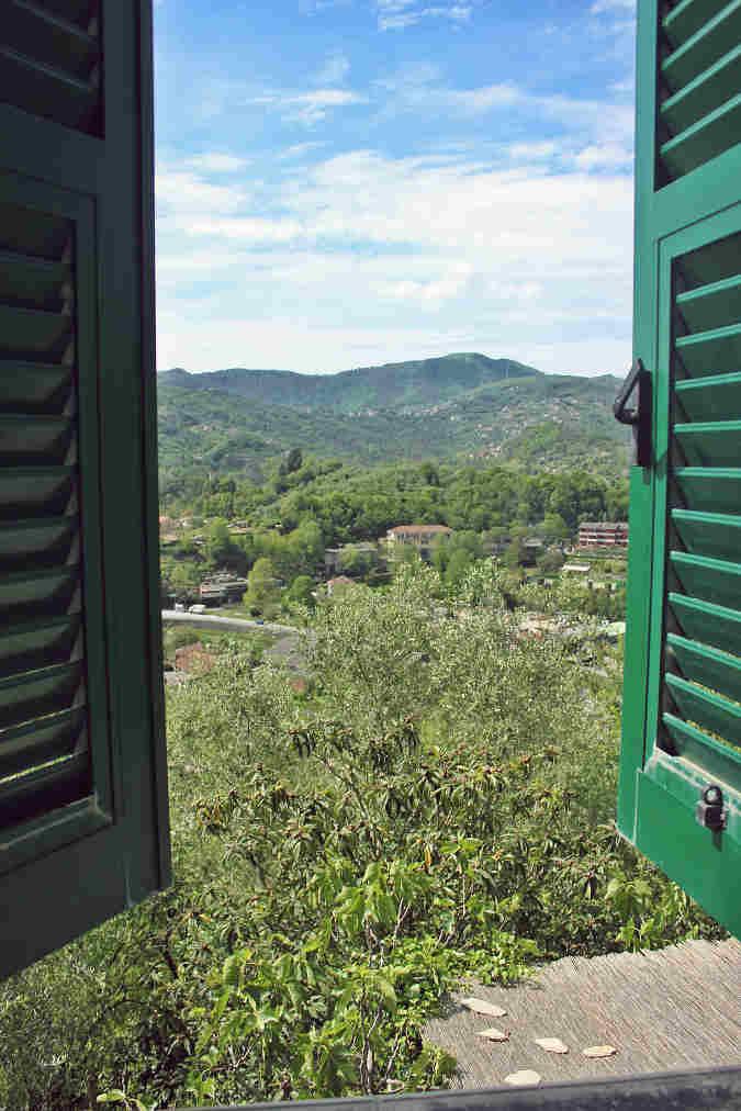 Blick aus dem Hotelfenster in Rapallo