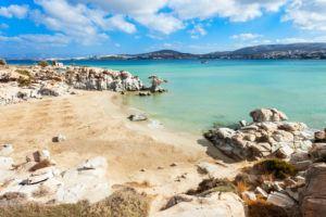 Strand der griechischen Insel Paros